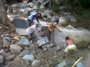 Batu Andesit - Cara Pengambilan Bahan Baku Batu Andesit