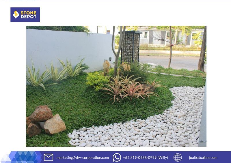 batu-koral-sikat-carport-rumah-tropis-minimalis